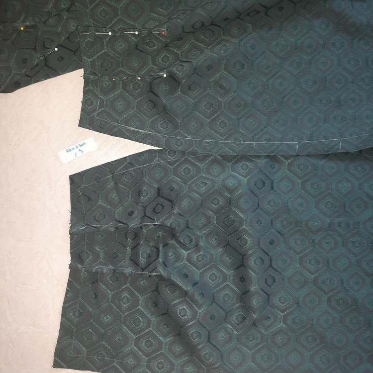 Ensemble jacquard hexagonal (détail création du pantalon) - réalisation-exemple des ateliers Rêve à Soie