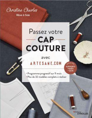 couverture du livre de préparation au CAP couture