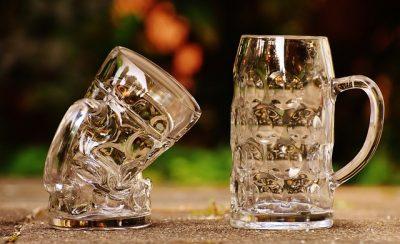 Chopes de bières déformées