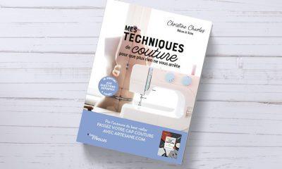 """Livre """"Mes techniques de couture"""" de C. CHARLES aux éditions Eyrolles - sur fond boi"""